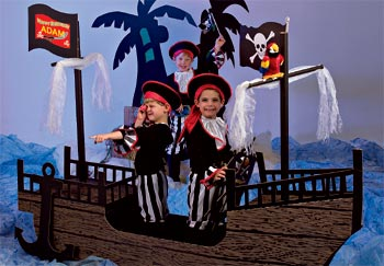 Pirate ship party decoration